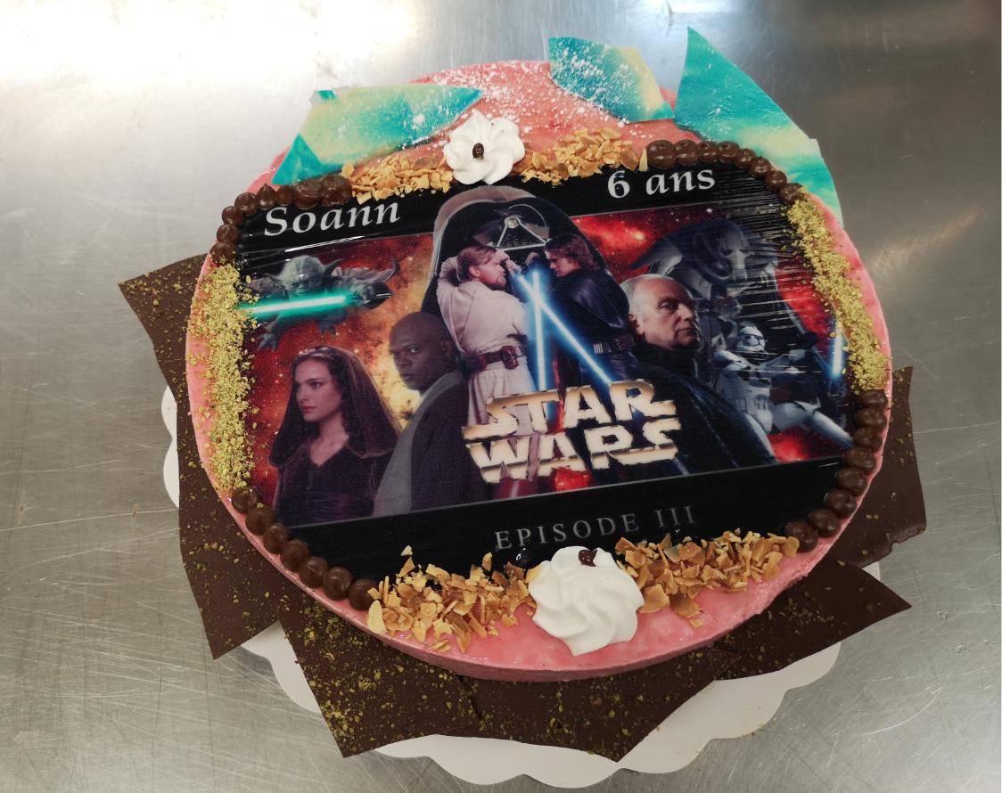 bavarois framboise 10-12 parts avec photo Star Wars