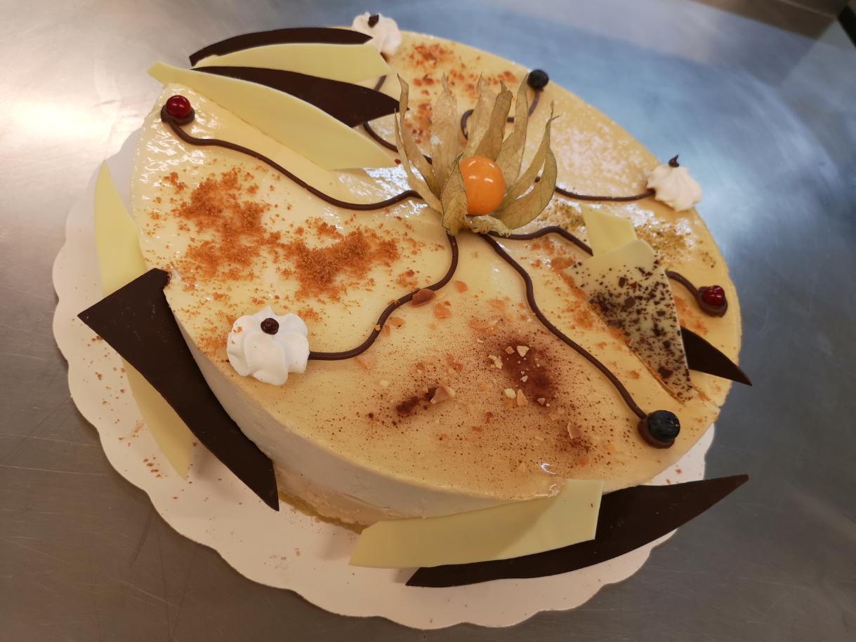 bavarois poire-caramel 6-8 parts