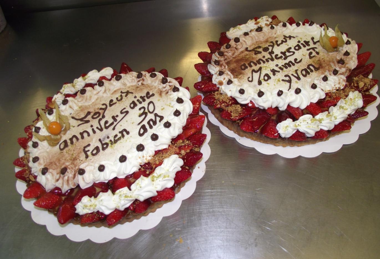 deux tartes aux fraises 10-12 parts