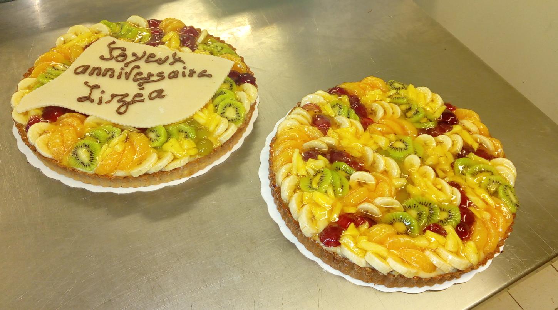 deux tartes aux fruits frais 10-12 parts