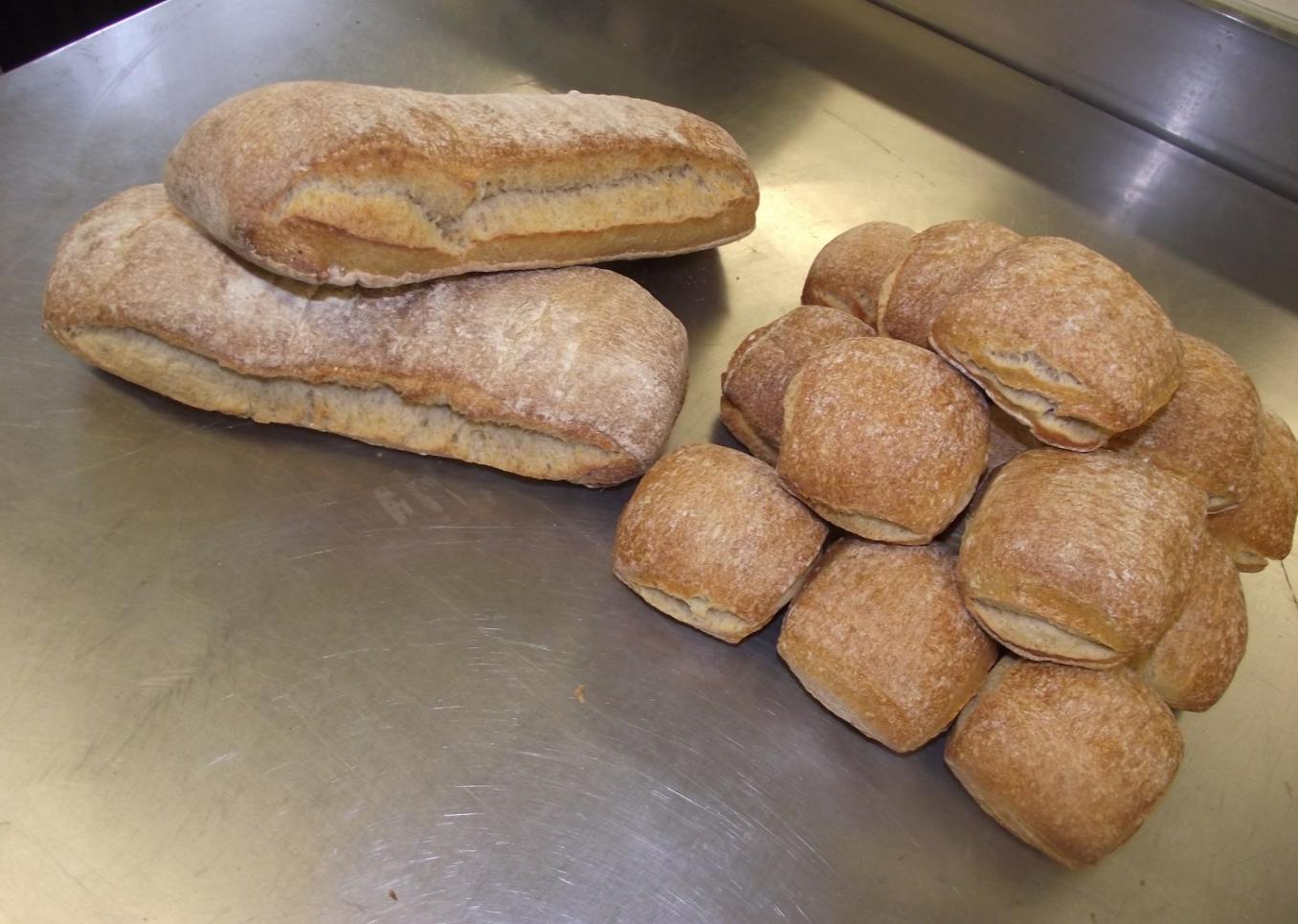 pavés et petits pains au levain