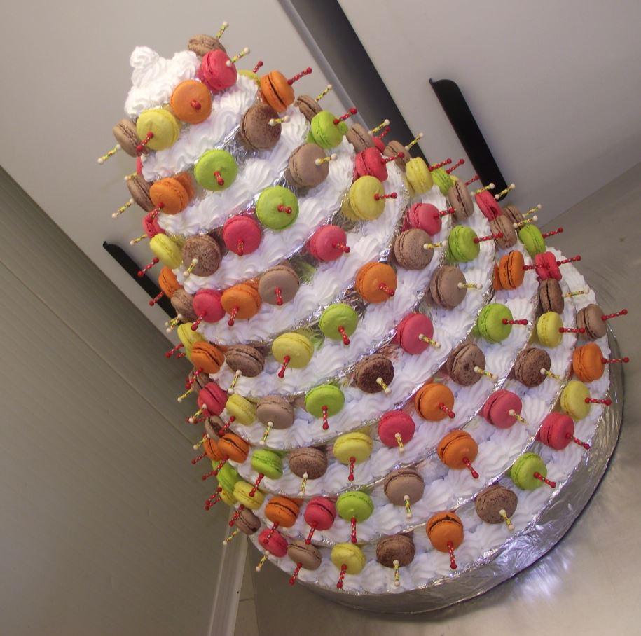 pyramide de macarons de 120 macarons