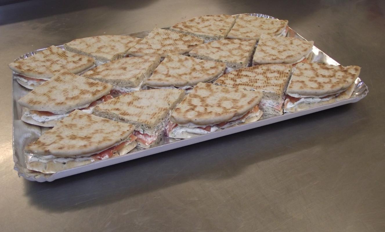 plateau de club sandwich ( saumon, crème )
