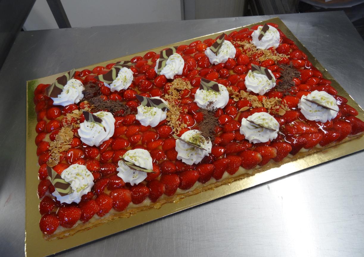 tarte aux fraises 20-24 parts