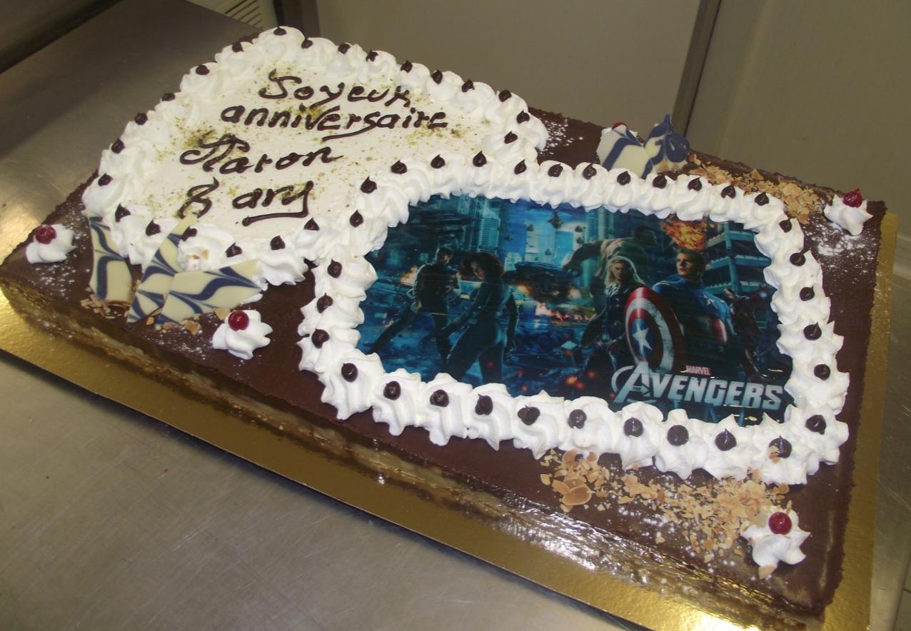 tarte choco-poire 20-24 parts avec photo Avengers
